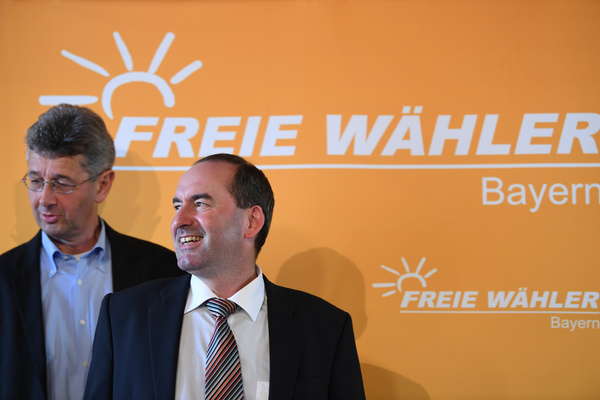 Michael Piazolo and Hubert Aiwanger of Freie Waehler during a press conference. After the last elections in Bavaria, the Free Voters reached an agreement with the CSU, which still holds the relative majority in the Land. REUTERS/Andreas Gebert/Contrast