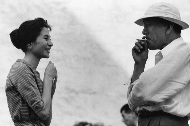 Domon Ken Kuga Yoshiko (attrice) e Ozu Yasujirō (regista), 1958 457×560 Ken Domon Museum of Photography