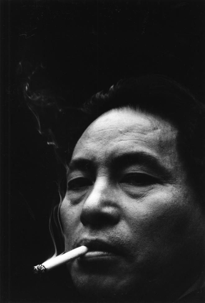 Domon Ken Domon Ken, Autoritratto pubblicato sul numero di novembre della rivista Sankei Camera, 1958 457×560 Ken Domon Museum of Photography