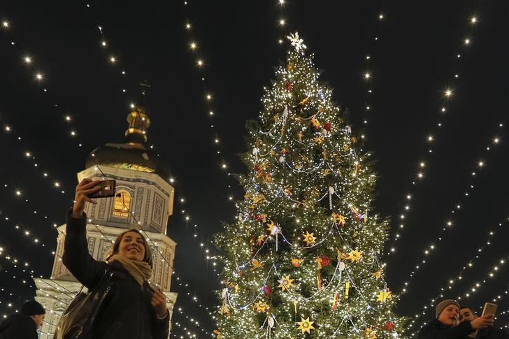 Il Natale Cattolico.Ucraina Il Natale Cattolico Diventa Festa Per Legge