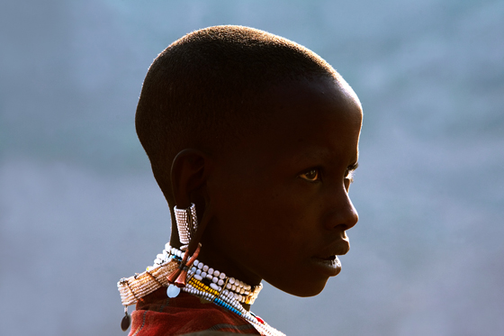 Tanzania: Crater hightland; young Masai - Photo Sergio Pan - www.juzaphoto.com