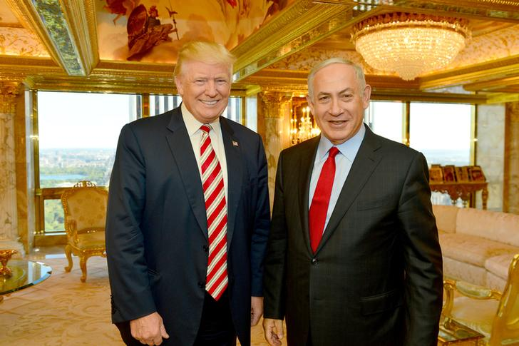 Benjamin Netanyahu e Donald Trump durante il loro incontro a New York, il 25 settembre 2016. Kobi Gideon / Government Press Office (GPO) / Handout tramite REUTERS / File Foto