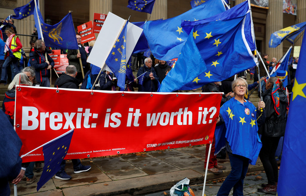 A demonstration against Brexit in Liverpool. REUTERS/Contrasto/Phil Noble