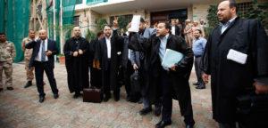 Libia: sciolto il parlamento di Tobruk, gli islamisti minacciano nuove elezioni. Trafugati simboli della colonizzazione italiana