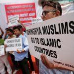 Manifestazioni di piazza a New Delhi per chiedere l'espulsione dei rifugiati Rohingya dall'India. 11 settembre 2017. REUTERS / Adnan Abidi