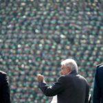 Andres Manuel Lopez Obrador tiene un discorso davanti alle truppe nel campo militare 1, a Città del Messico, Messico, 25 novembre 2018. Ufficio stampa Andres Manuel Lopez Obrador / Dispensa tramite REUTERS