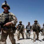 Le truppe degli Stati Uniti pattugliano una base dell'Afghan National Army (ANA) nella provincia di Logar, Afghanistan, 7 agosto 2018. REUTERS/Omar Sobhani