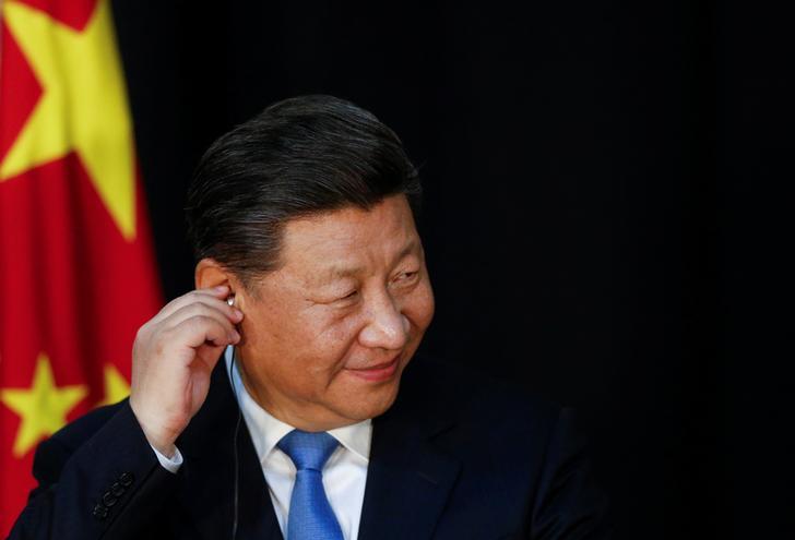 Il Presidente cinese Xi Jinping durante una conferenza stampa. REUTERS/Pedro Nunes