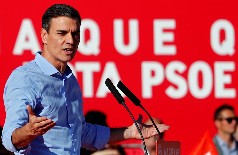 Pedro Sánchez durante la campagna elettorale a Madrid, Spagna, 26 aprile 2019. REUTERS/Sergio Perez