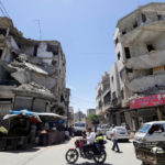 Edifici danneggiati nella città di Idlib, Siria, 25 maggio 2019. REUTERS/Khalil Ashawi