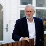 Il leader del Partito Laburista Jeremy Corbyn lascia la sua casa a Londra, Gran Bretagna, 3 luglio 2019. REUTERS/Peter Nicholls