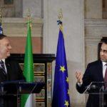 Il segretario di Stato americano Mike Pompeo tiene una conferenza stampa con il Ministro degli Esteri italiano Luigi di Maio a Roma, Italia, 2 ottobre 2019. REUTERS/Alberto Lingria