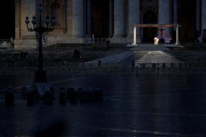 Coronavirus: l'Italia della solidarietà contro gli egoismi