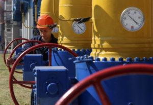 Petrolio, crollano i prezzi: salta l'accordo tra russi e sauditi