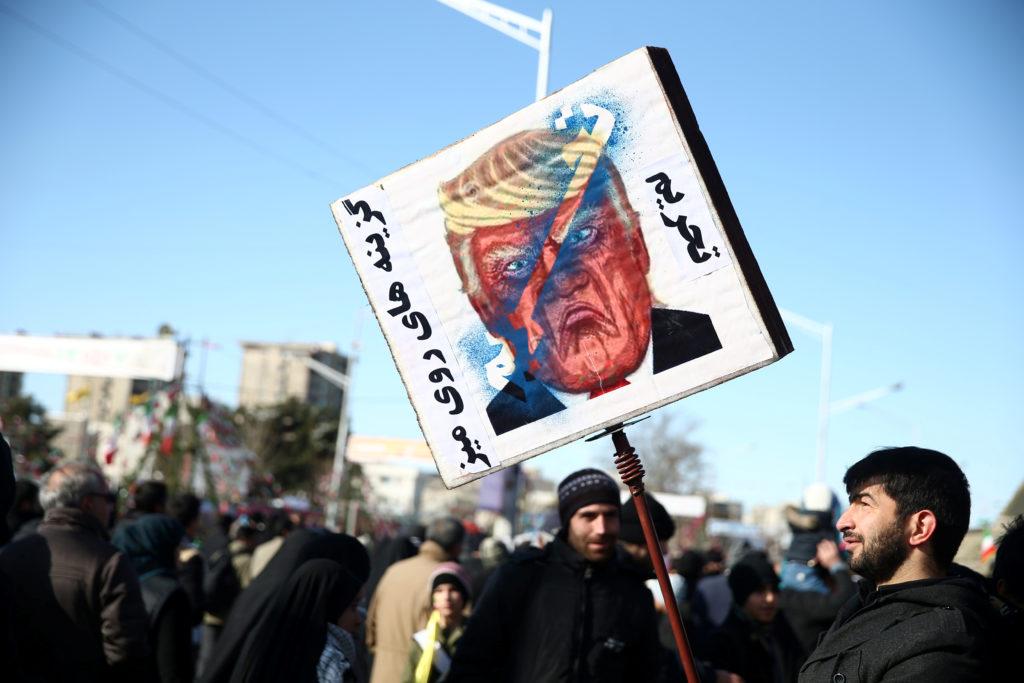 Sanzioni: prosegue lo scontro Usa-Iran nonostante il coronavirus.