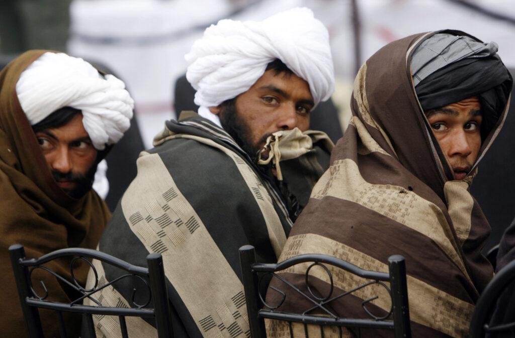 Afghanistan, Talebani: il processo di pace con gli Stati Uniti