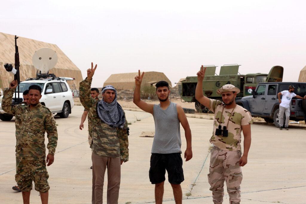 Libia: Haftar e Serraj concordano sulla possibilità di un cessate-il-fuoco