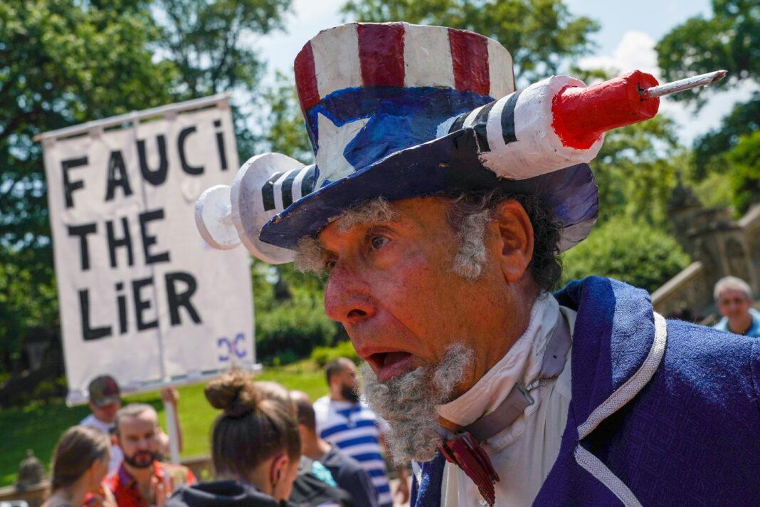 Usa: vaccini questione politica