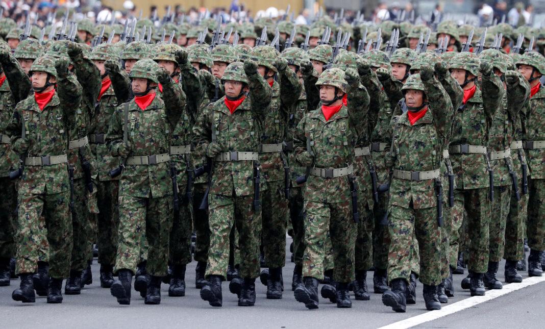 Il Giappone si rafforza militarmente